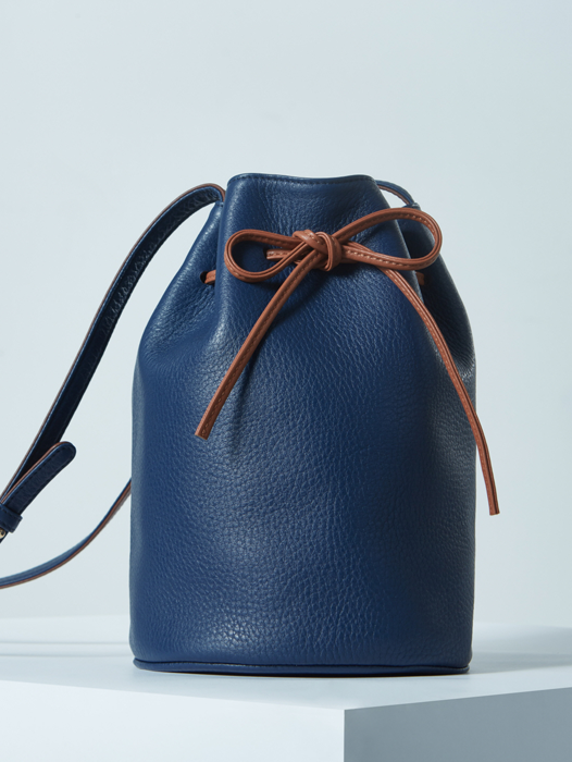 Bucket Bag - Deep Blue / Yukon Brown